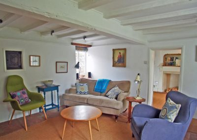 WELL CLEY LIVING ROOM C