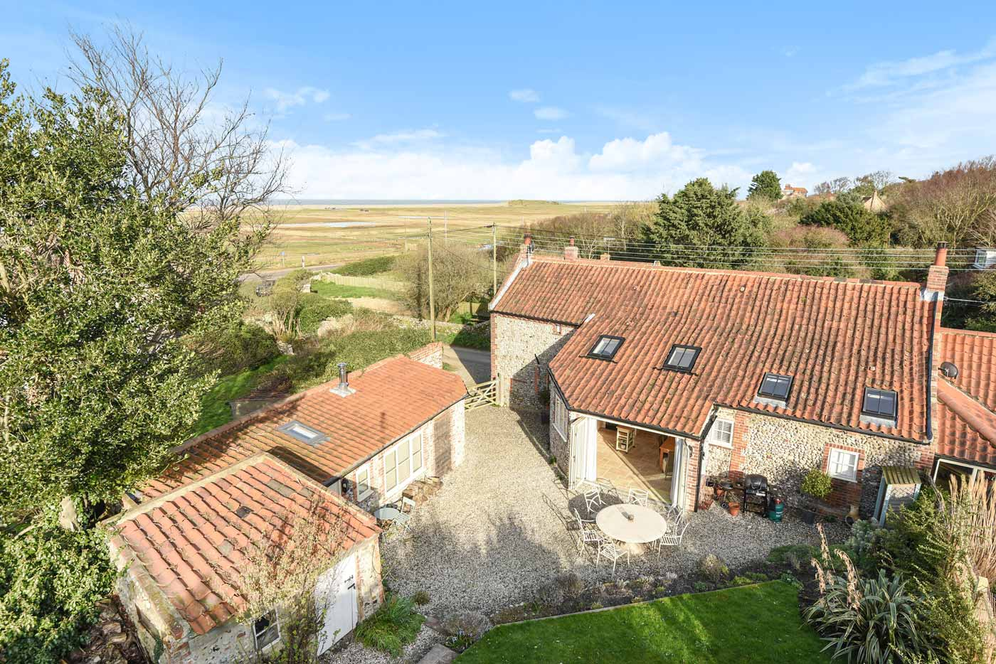 WELL COTTAGE SALTHOUSE AERIAL