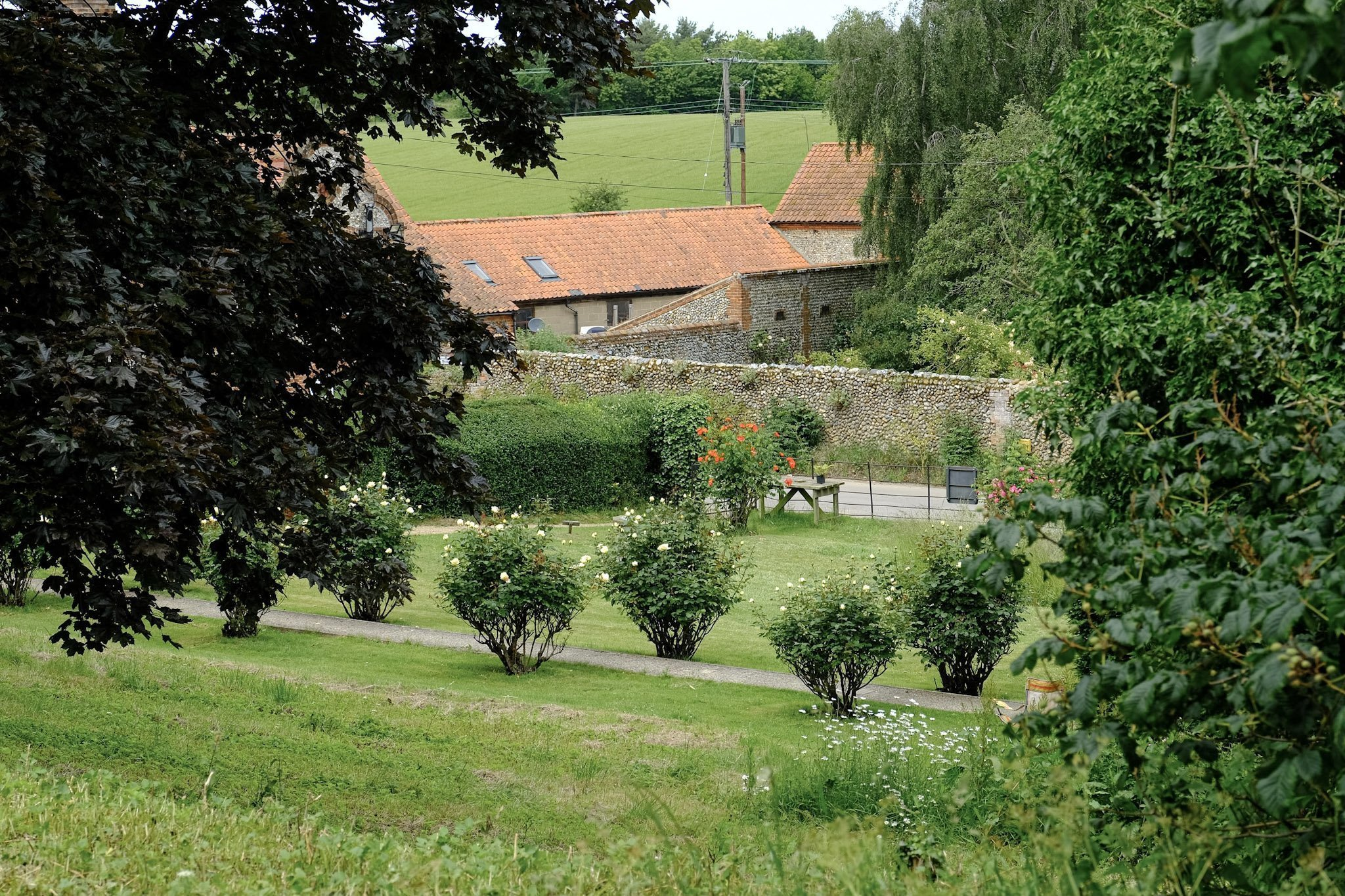 Glandford is a quiet hamlet situated in the Glaven Valley, in an Area of Outstanding Natural Beauty.