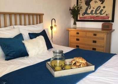 Bedroom 2 Breakfast in bed