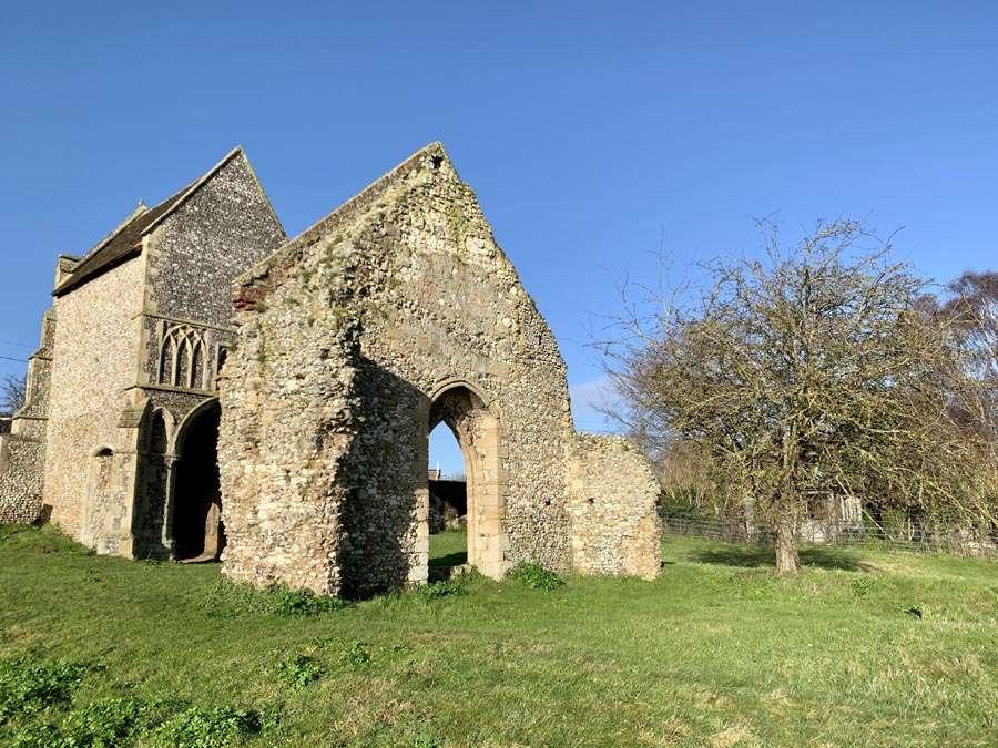 Burnhams Circular Walk Church